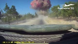 СРОЧНО: Подрыв колонны армий России и Турции глазами военных — кадры из кабины