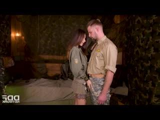 Liya Silver - Army Babe Fucked By Sergeant порно трах ебля секс инцест porn Milf home шлюха домашнее sex минет измена