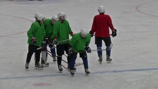 Тренировка хоккейной команды Шахтер Прокопьевск