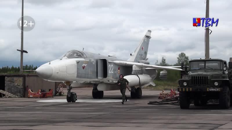 Первым делом самолёты В 98 отдельном смешанном авиаполку встретили день ВВС на боевом посту
