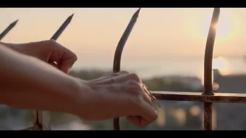Mutluluğun elini kolunu bağlayalım da bizden kaçmasın. BirAşkİkiHayat sadece sinemalarda. EnginAkyürek BergüzarKorel @ayyapim @m
