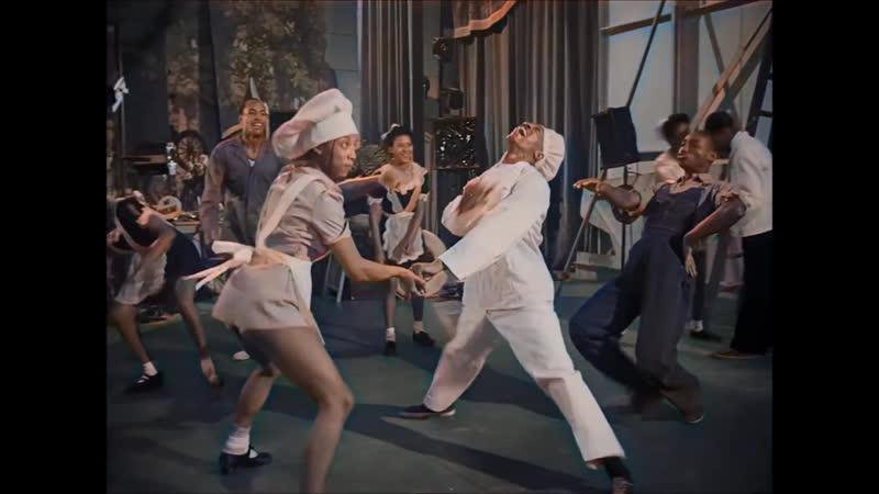 Безбашенные танцы чернокожих пока белые хозяева не видят 1941 The Lindy Hop scene in Hellzapoppin'