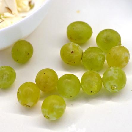 Закуска из винограда и сыра, изображение №3