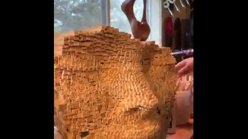 Бюст из деревянных брусочков
