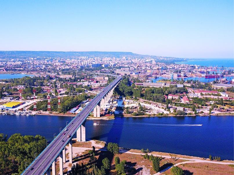 Город Варна на побережье Чёрного моря