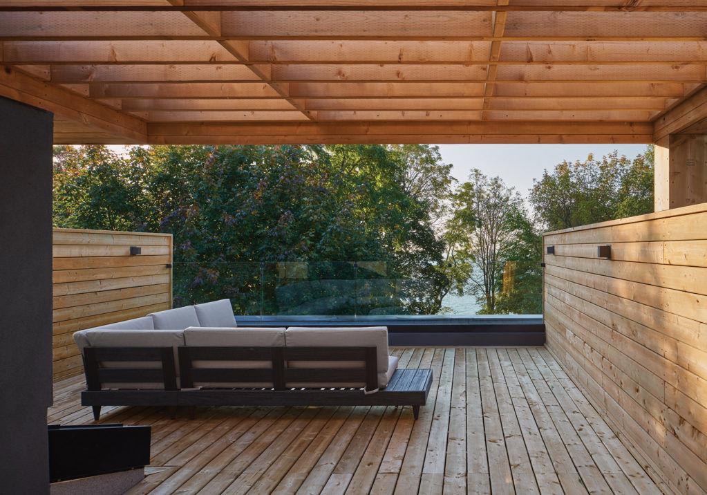 Дом с видом на озеро Онтарио