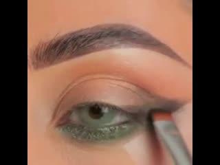 Очень красивая идея для макияжа!