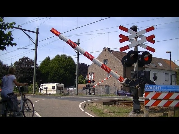Spoorwegovergang Geleen Oost Dutch railroad crossing