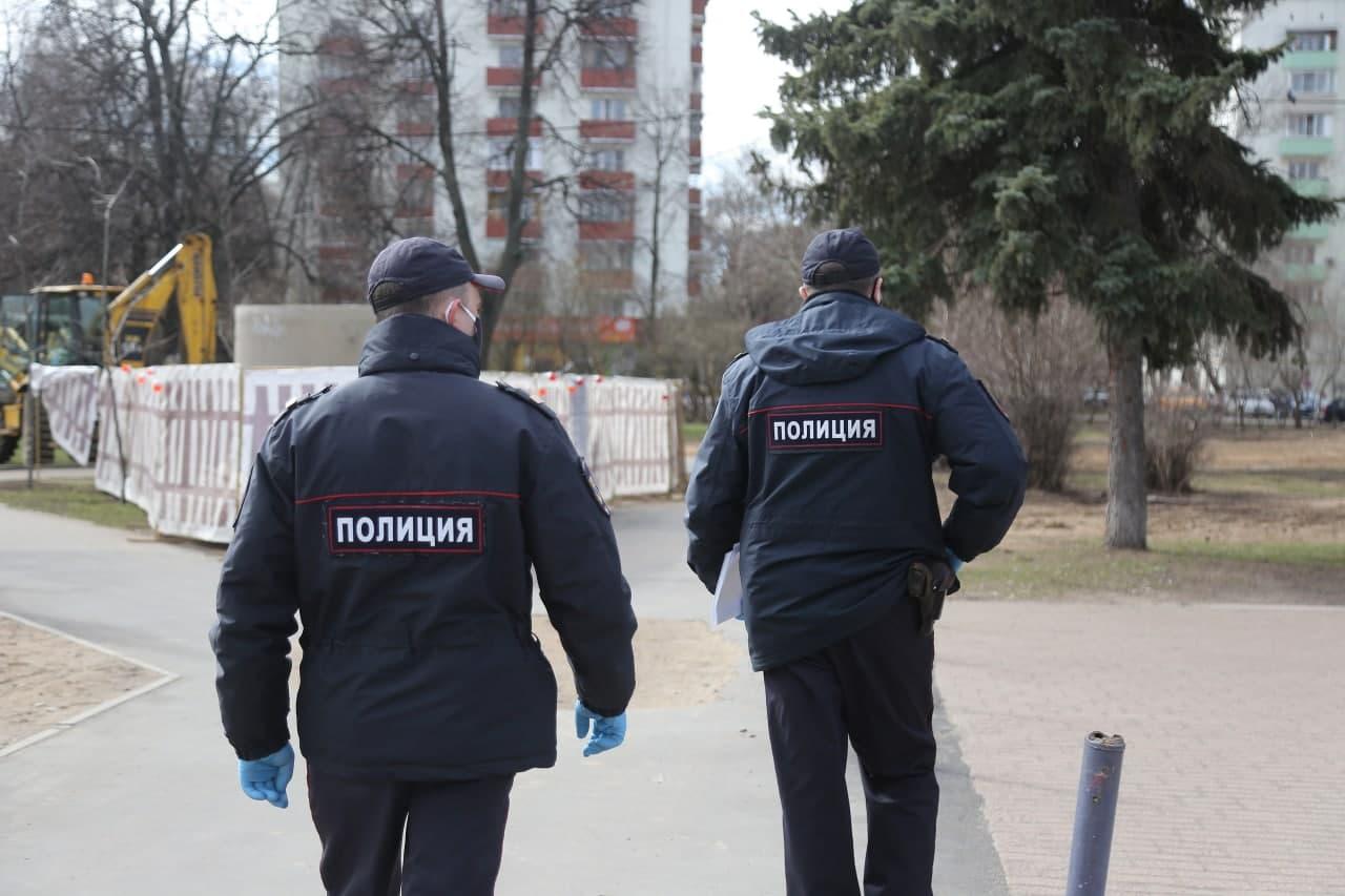 Полицейские Нижегородского задержали подозреваемого в попытке кражи. Фото: Артур Новосильцев. Местные новости