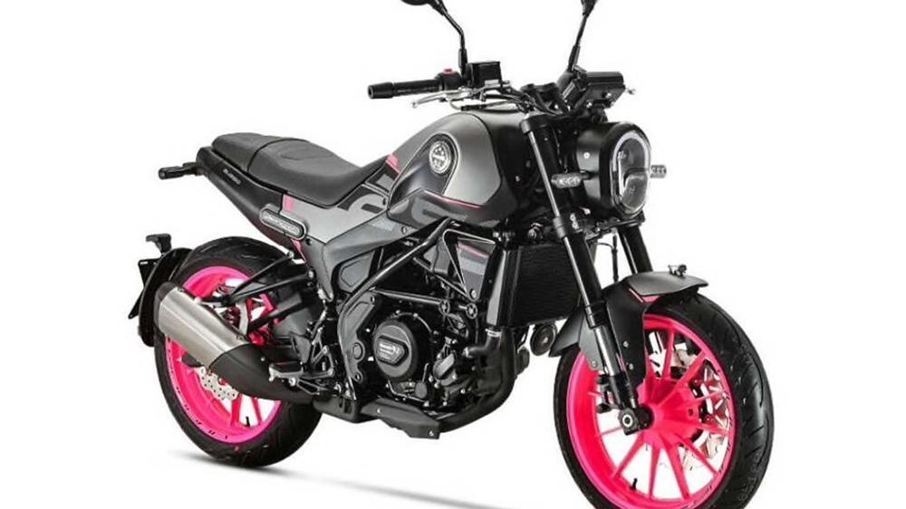 Новый мотоцикл  Benelli Leoncino 250