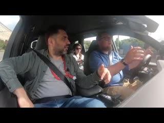 «Да, мне нужен богатый мужчина. И что؟!» ⁄ Audi Q7 - Большой тест-драйв ⁄ Юля из банка
