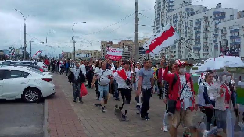 Марш единства оппозиции белорусские силовики готовы на улицы Минска вышли БТРы