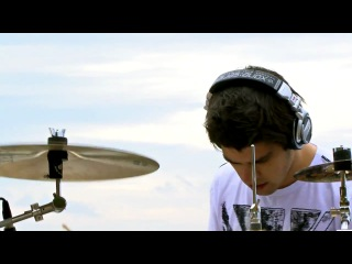 Cobus Potgieter - 30 Seconds to Mars - Kings and Queens (drum cover)