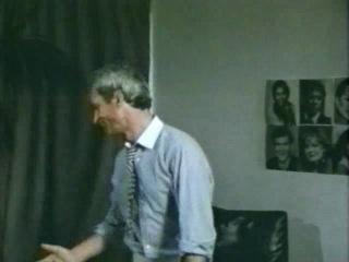 Запретный секс по американски 4 (1985)