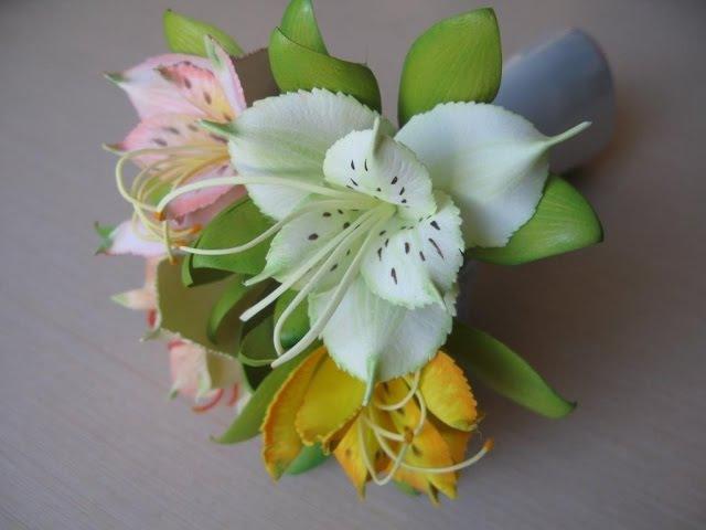 Дикая орхидея или альстромерия из фоамирана. Автор МК Заряна