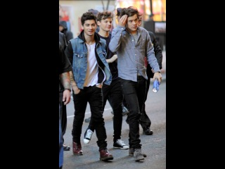 Harry Styles, Zayn Malik, Louis Tomlinson and 1D leave a meet and greet with fans in NYC