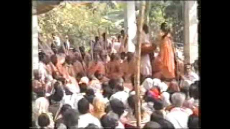 2001_Navadvipa Parikrama Kirtans Part 1 Srila BV Narayan Maharaja