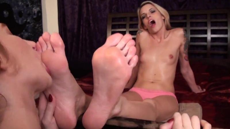 Big Feet Long Toes Worship