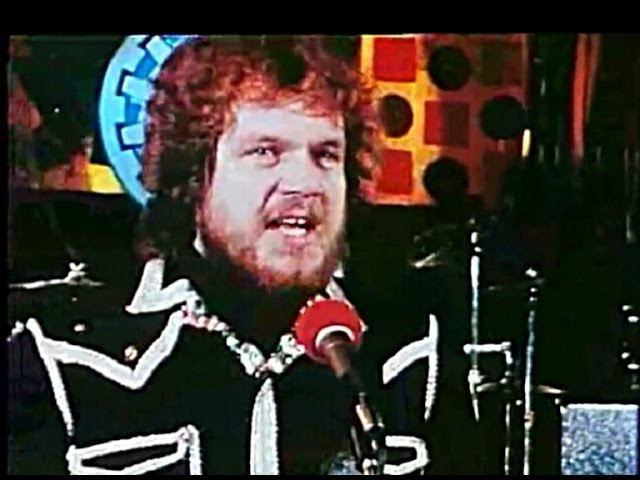 Bachman Turner Overdrive You Ain't Seen Nothing Yet 1974 Video Sound HQ