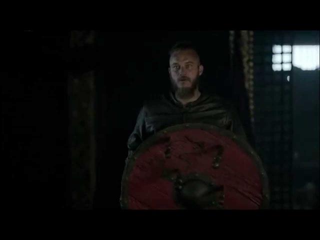 Сериал Викинги Vikings 2013 сцены с метанием копья топора и ножей