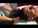 Shirodara e massaggio con digito pressione al cuoio capelluto