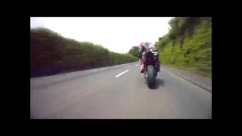 Conor Cummins Textbook TT Overtake on Michael Rutter