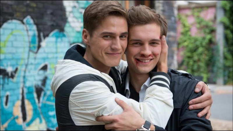 GAY VANS 18+ | Ringo and Yannick - Unter Uns - Funny Crack Video