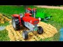 Видео для детей про Красный Трактор и Грузовик Экскаватор в Городке 2D Мультик пр