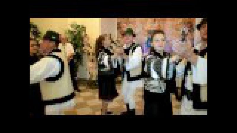 Виступ румунського колективу на весіллі в м. Вашківці. - Romanian team at the wedding - Vashkivtsi.