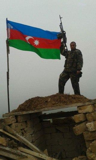 такой фотосессии фото азербайджанских головорезов в карабахе гусей месту засидки