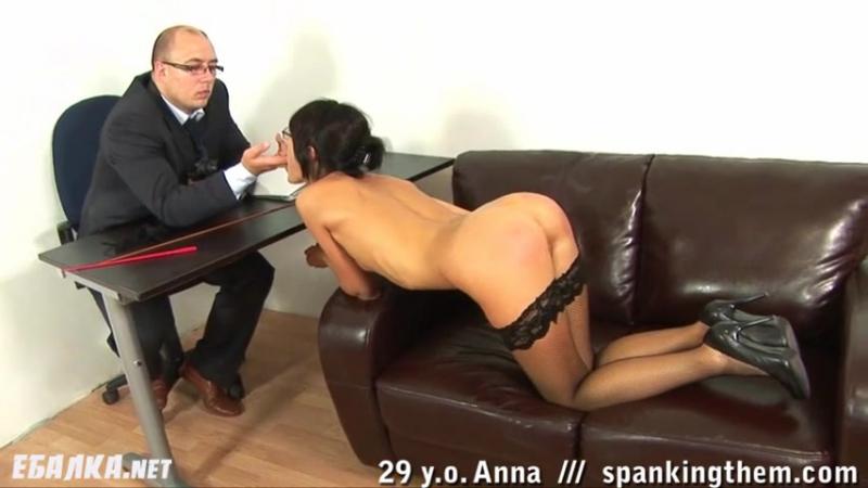 шеф наказал секретаршу пальчик мастурбация