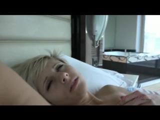 Кончил ей в трусы много спермы много кончи кончил в жопу кончил в пизду