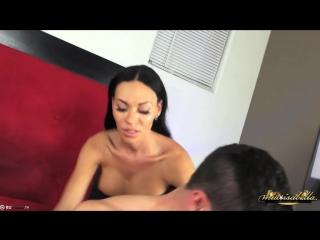 Красивый транс трахает  мужика в зад shemale /анал anal /lady boy /n ass трансы ледибой,в жопу, в зад