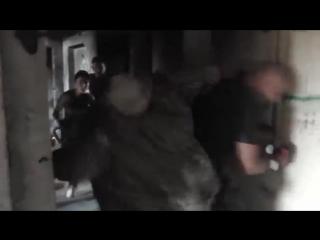 Самооборона в узком коридоре