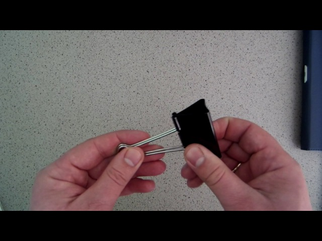 Зручна підставка для планшета або смартфона