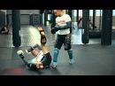 Тайский бокс с чемпионом мира как бросить противника в клинче Обучающее видео от 4ММА nfqcrbq jrc c xtvgbjyjv vbhf rfr h