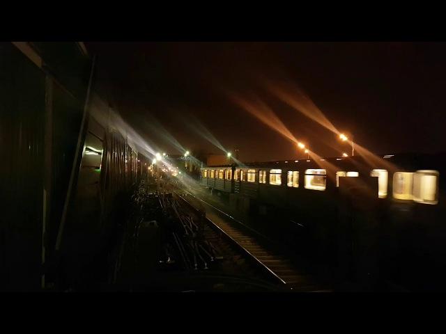 Еж 3 Ем 508Т заходит в оборотный тупик за станцией Выхино
