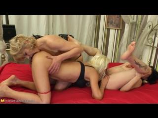 Kasey (41), meriska (26), meriska b. (56) - lesbian housewives share a pregnant girl