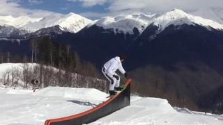 Makagonka & Byeroofus riding in the 8oiotdel snowpark