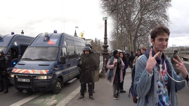 Прогулка по Парижу. Город Романтики и Протестов.