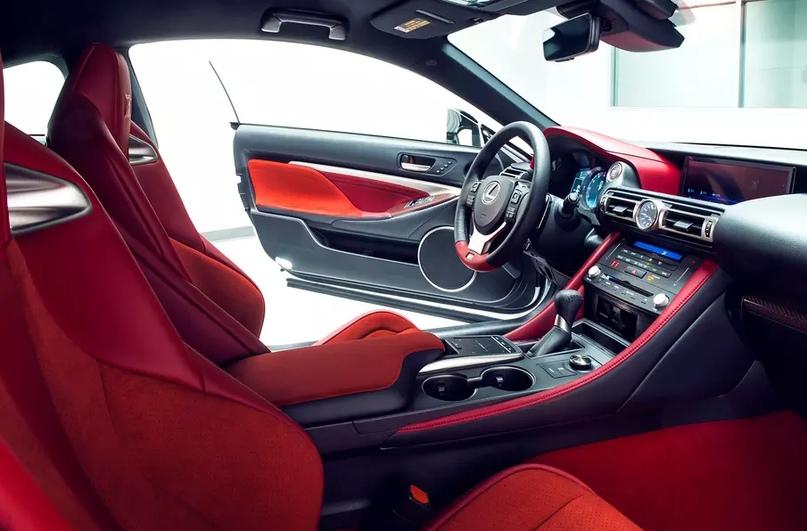 Обновленный Lexus RC F и трековая версия из карбона, изображение №16