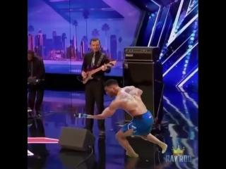 Танцующий Кевин Ли_ новый микс
