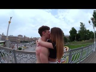 Как поцеловать девушку орел или решка 2 kissing prank