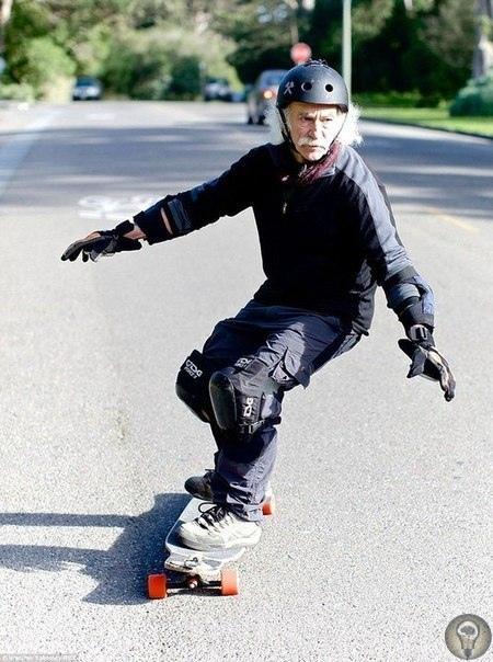 Ллойд Кан заинтересовался скейтбордингом в 65 лет