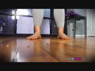 Unaware yoga giantess astro