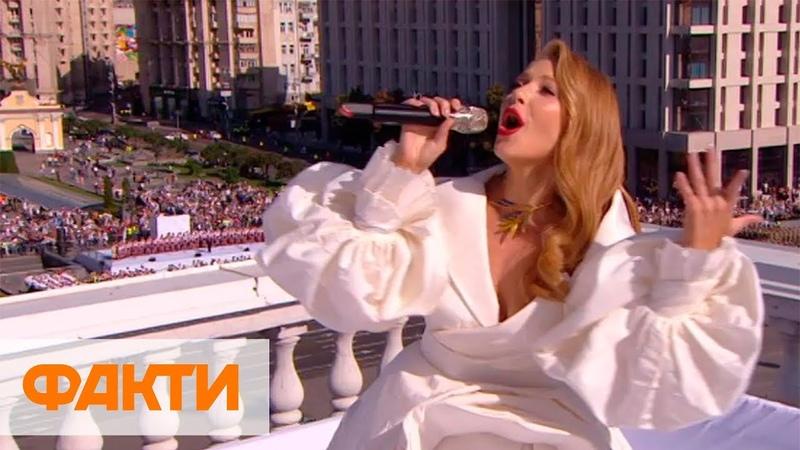 Подпевающий Зеленский Тина Кароль на крыше консерватории и гимн Украины под рэп Алины Паш