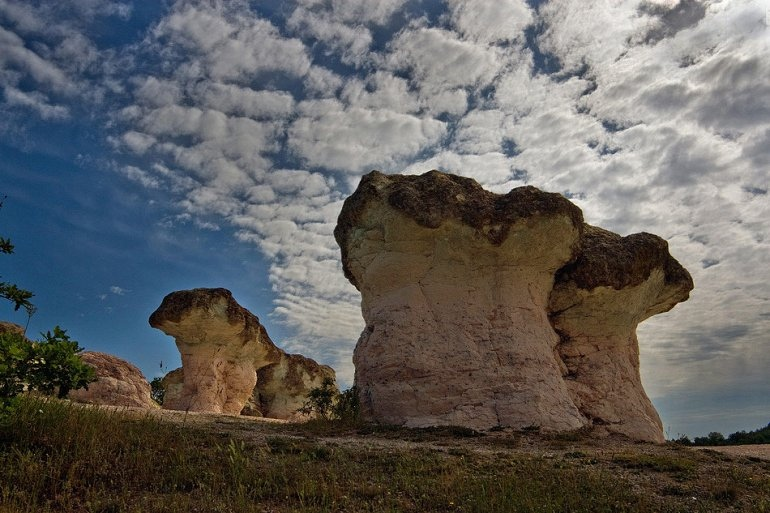 Интересные места нашей планеты Каменные Грибы (Болгария)