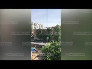 Стройка у треснувшего дома на Выборгской улице