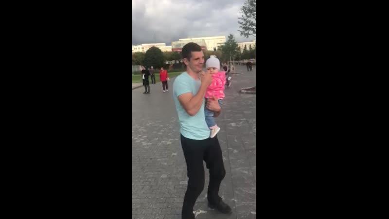 Танец Папа с дочкой
