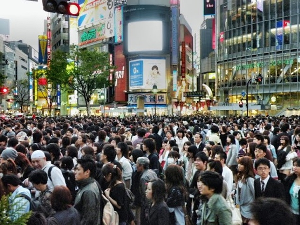 The famous Shibuya crossing - 90 seconds